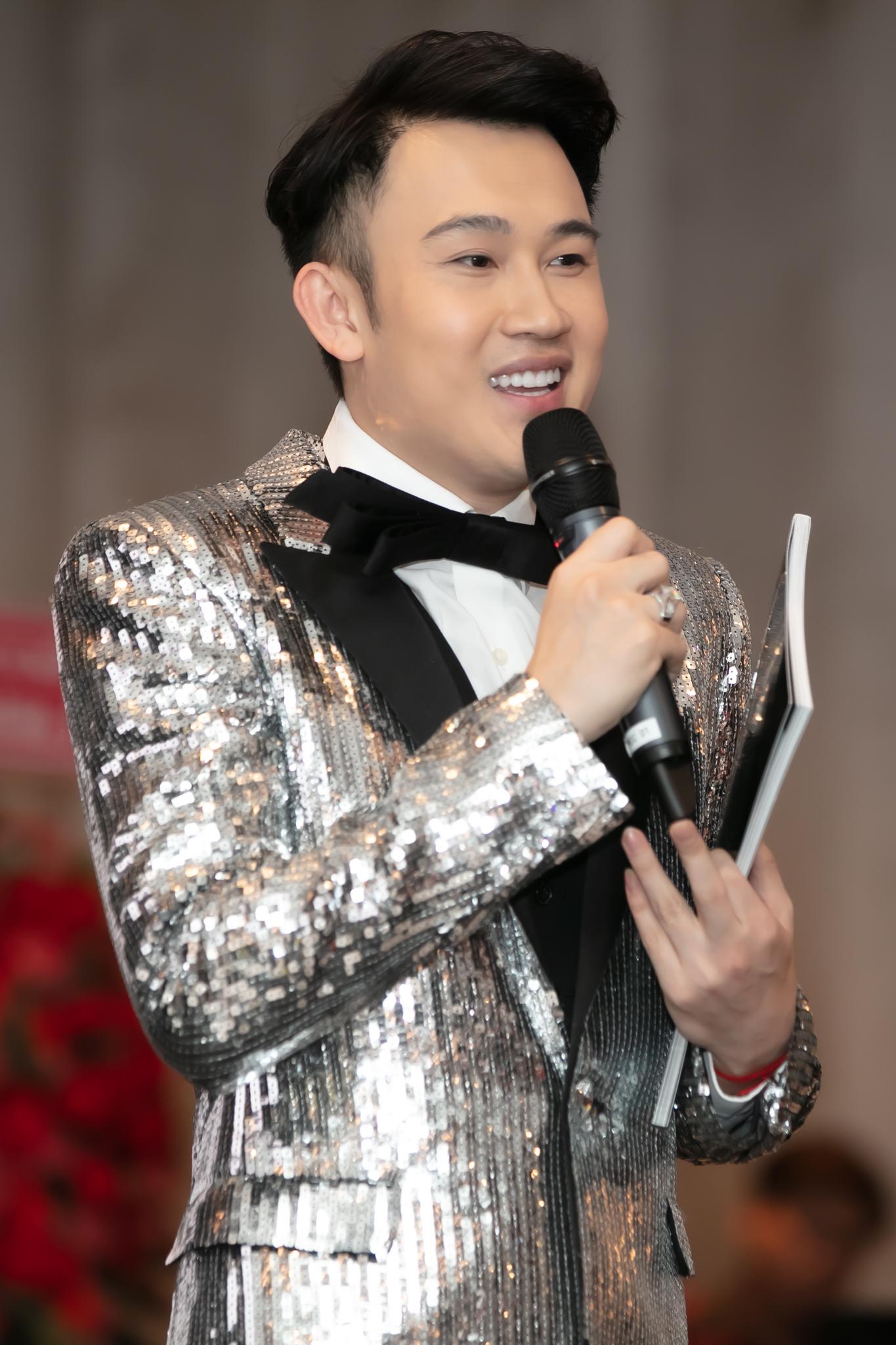 Dương Triệu Vũ trong buổi công bố các dự án cho năm 2020 vào chiều 1/1.
