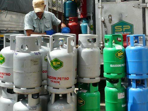 Kể từ ngày 1/1/2020, giá gas bán lẻ của nhiều hãng đồng loạt tăng 4.000 đồng/kg, tương đương 48.000 đồng/bình 12 kg