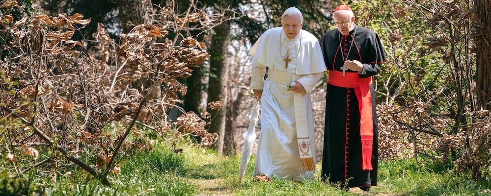 Vatican tuyệt đẹp và cuộc nói chuyện đậm chất triết học và thần học của Hai Đức Giáo hoàng. Hình trích từ film
