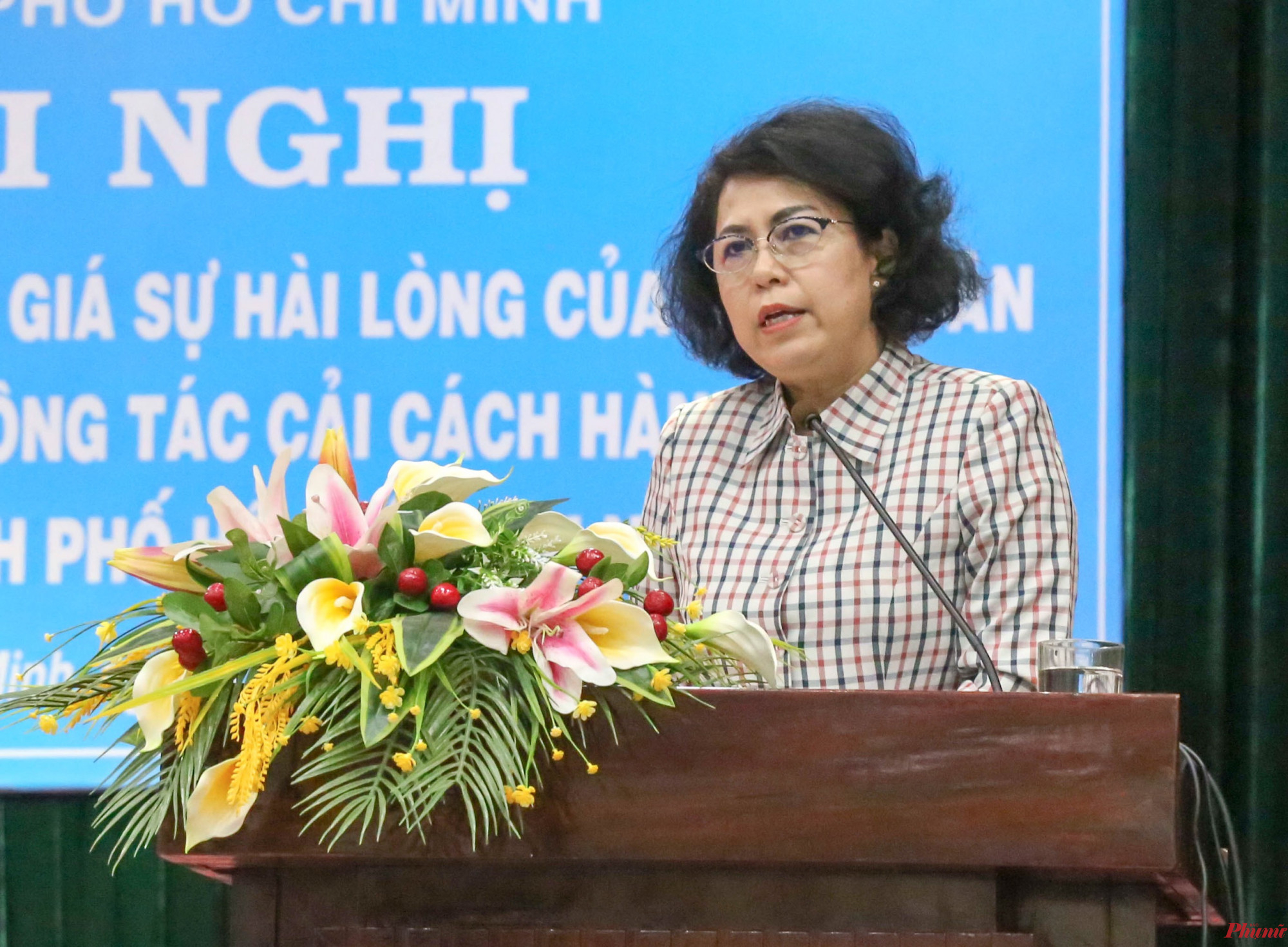 Bà Tô Thị Bích Châu - Chủ tịch UBMTTQVN TPHCM phát biểu tại hội nghị