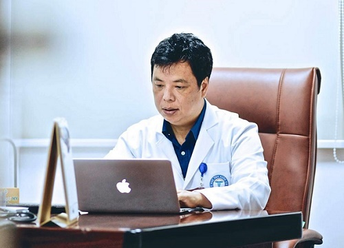 Tiến sĩ, bác sĩ Trương Hồng Sơn, Viện trưởng Viện Y học ứng dụng Việt Nam