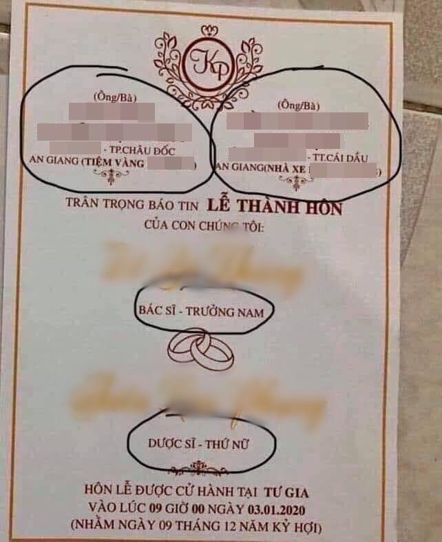 Tấm thiệp của một cặp đôi ở An Giang gây xôn xao cộng đồng mạng. Ảnh từ Facebook