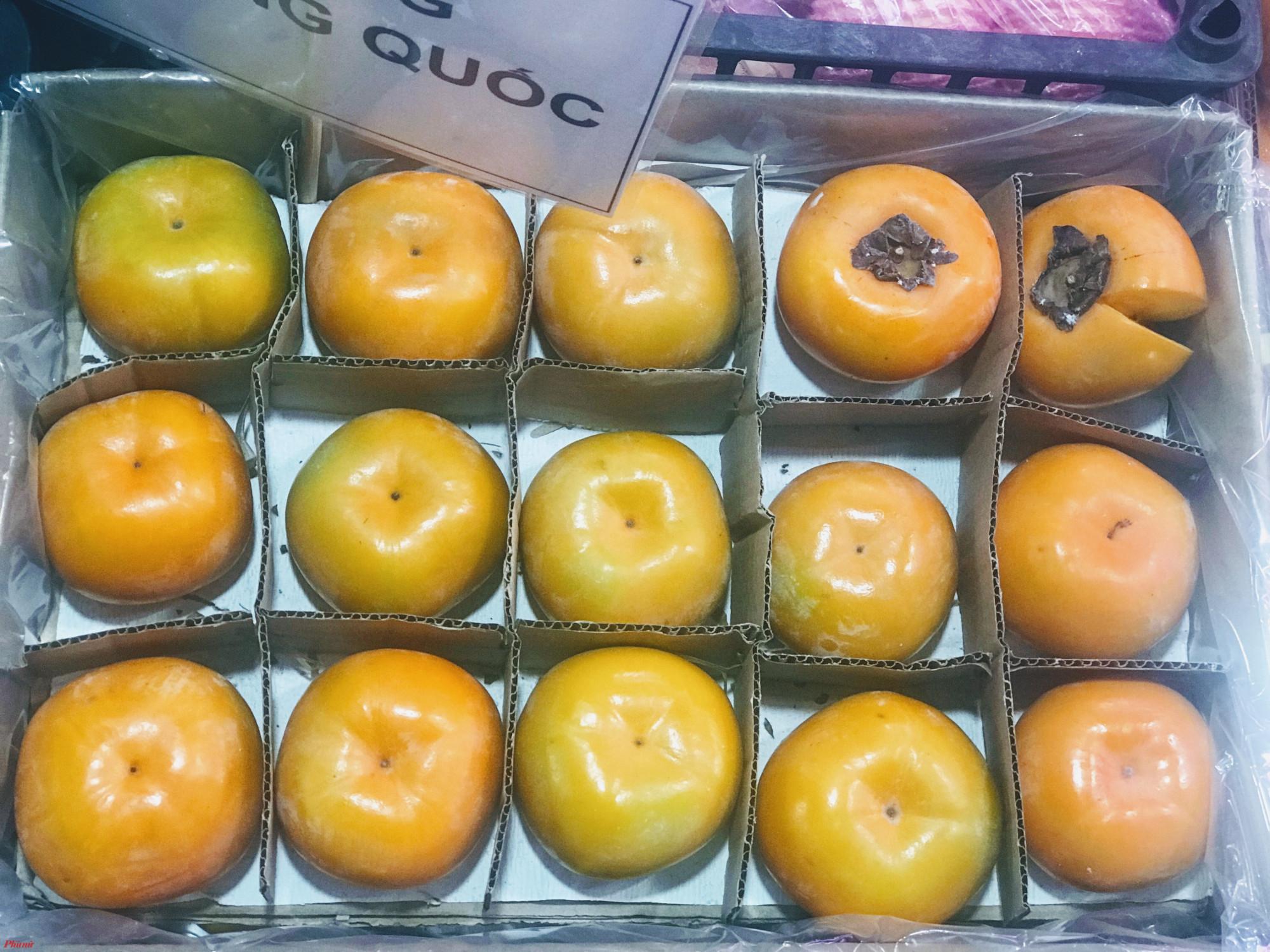 """""""Xuất xứ của trái cây nhập khẩu rất cần thiết, nhằm phòng chống hành vi gian lận thương mại, của Trung Quốc mà khai sinh của Việt Nam rất nguy hiểm. Chưa kể vấn đề nhập tiểu ngạch, sản phẩm kém chất lượng ảnh hưởng đến sức khỏe người dùng. ông Nhu cho hay."""