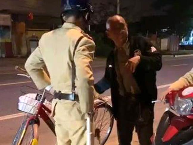 Ông Xiong Anl In thừa nhận có uống rượu, bia trước khi đạp xe đi