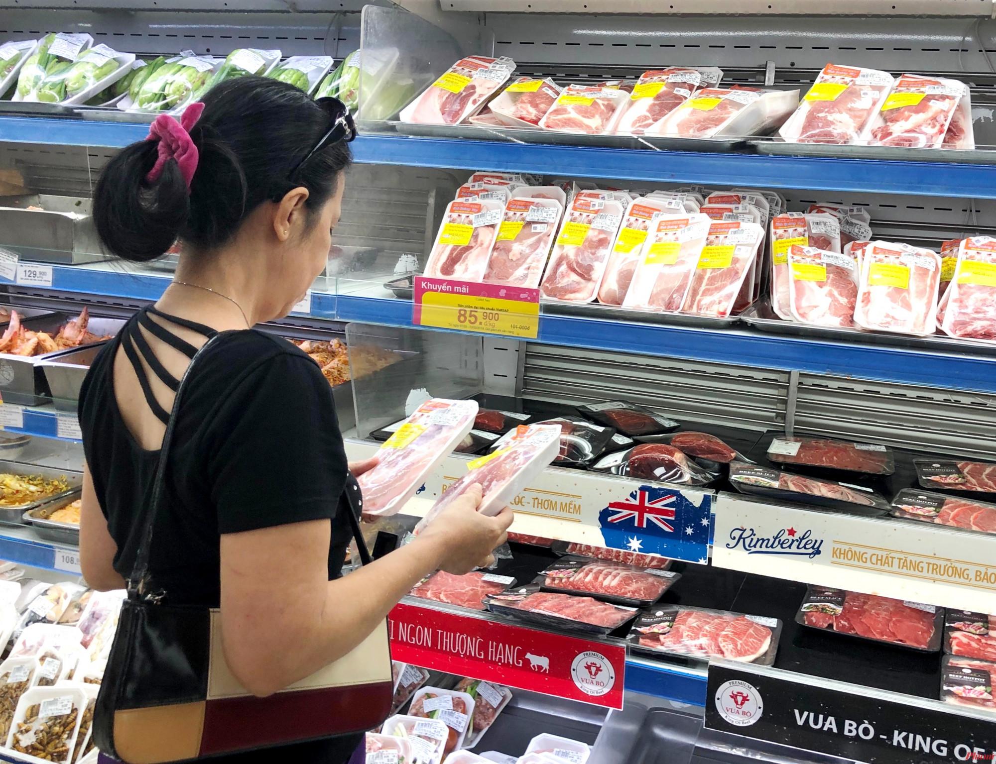 Lượng thịt heo nhập khẩu tăng mạnh, người tiêu dùng có thêm lựa chọn trước tình hình giá thịt heo tăng cao