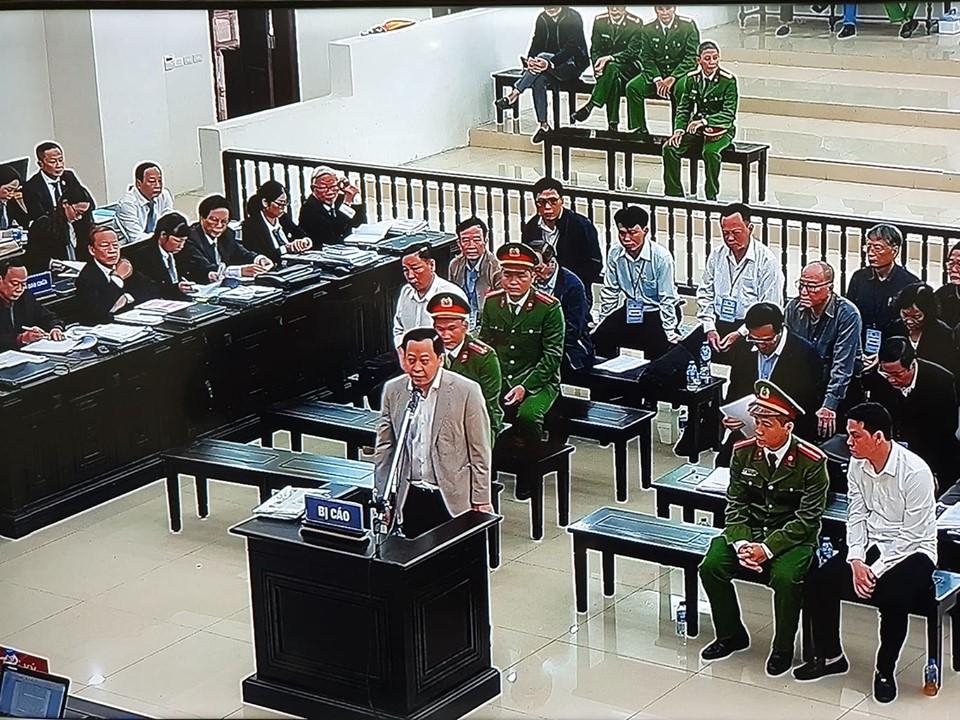 Phan Văn Anh Vũ trình bày trước tòa