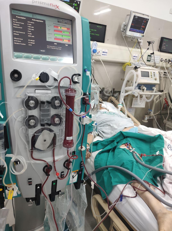 Mặc dù bệnh nhân đã được bác sĩ và gia đình hết sức cứu chữa nhưng vẫn không qua khỏi . Ảnh: BSCC