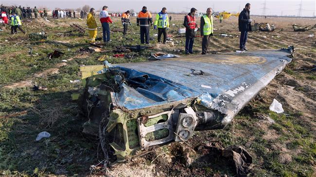 Mảnh vỡ từ chiếc máy bay Ukraine bị rơi ngày 8/1. Ảnh: Press TV
