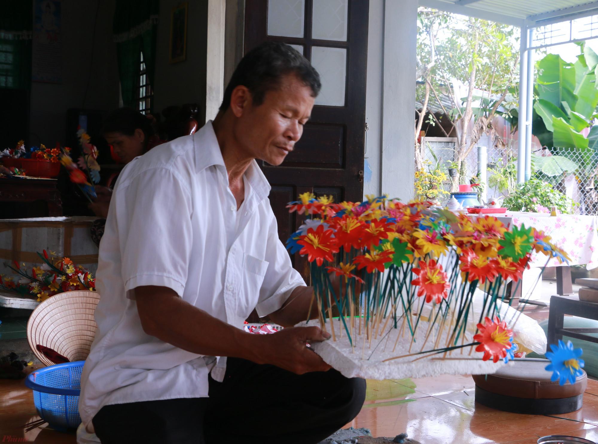 Cứ như thế, hoa giấy Thanh Tiên từ bao đời nay đã trở thành một nét văn hóa trong tín ngưỡng dân gian của người dân xứ Huế và đã lan tỏa ra các Tỉnh lân cận như Quảng Trị, Đà Nẵng cũng như những nơi có người Huế cư ngụ mỗi khi Tết đến, xuân về