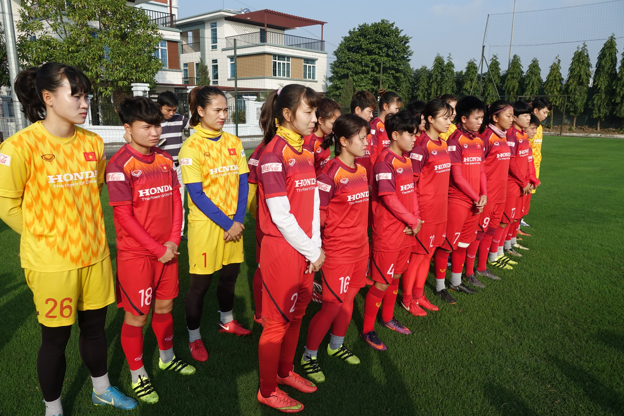 Các cầu thủ trong Đội tuyển Nữ Việt Nam