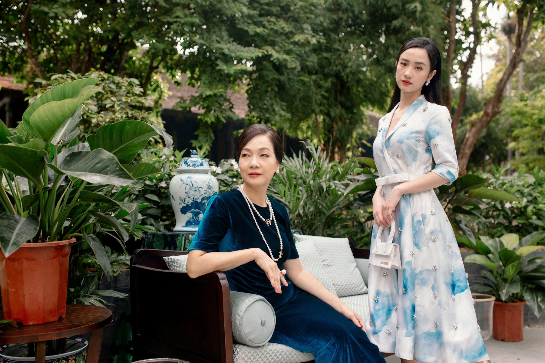 Tạo hình của NSND Lê Khanh và Jun Vũ trong phim.