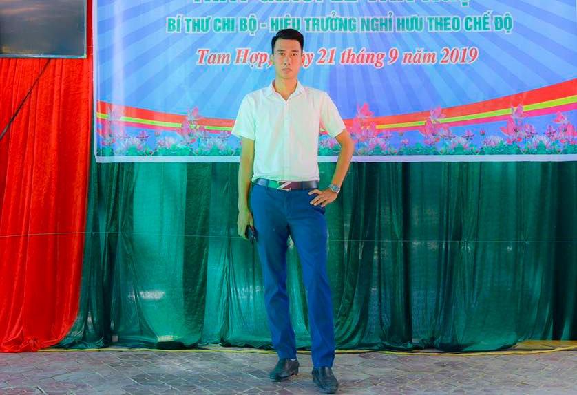 Hiệu trưởng THCS Tam Hợp cho biết sẽ tuyên dương hành động đẹp của thầy Nghĩa trước cờ đầu tuần tới