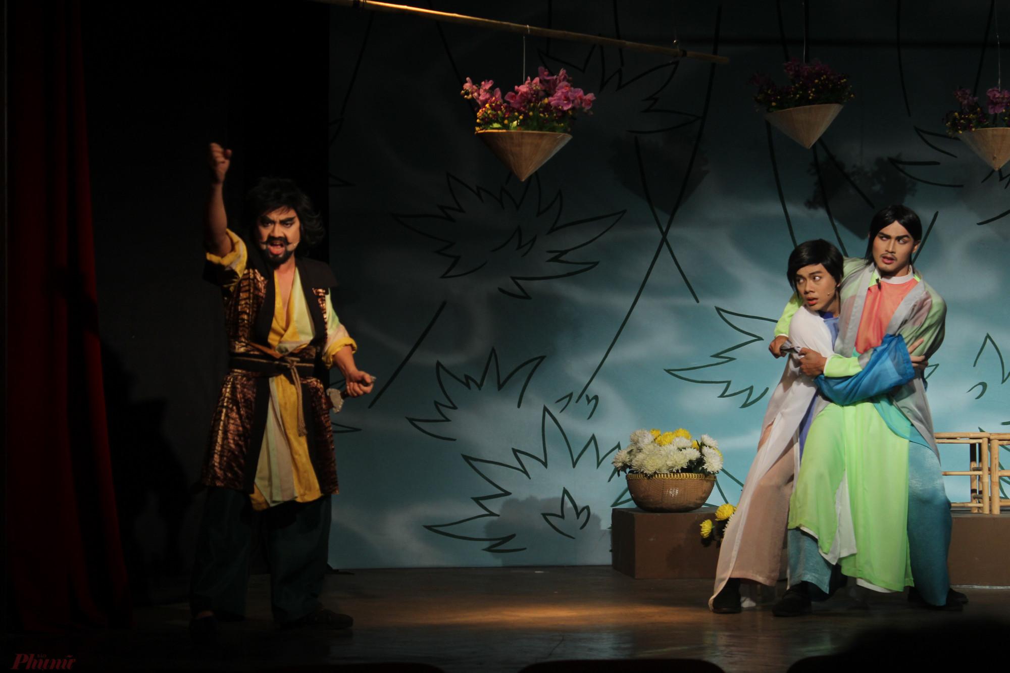 Hải Hùng, Kim Bạc và Sở Ranh - những đấng nam nhi ra tay giúp nàng Thúy chuộc cha