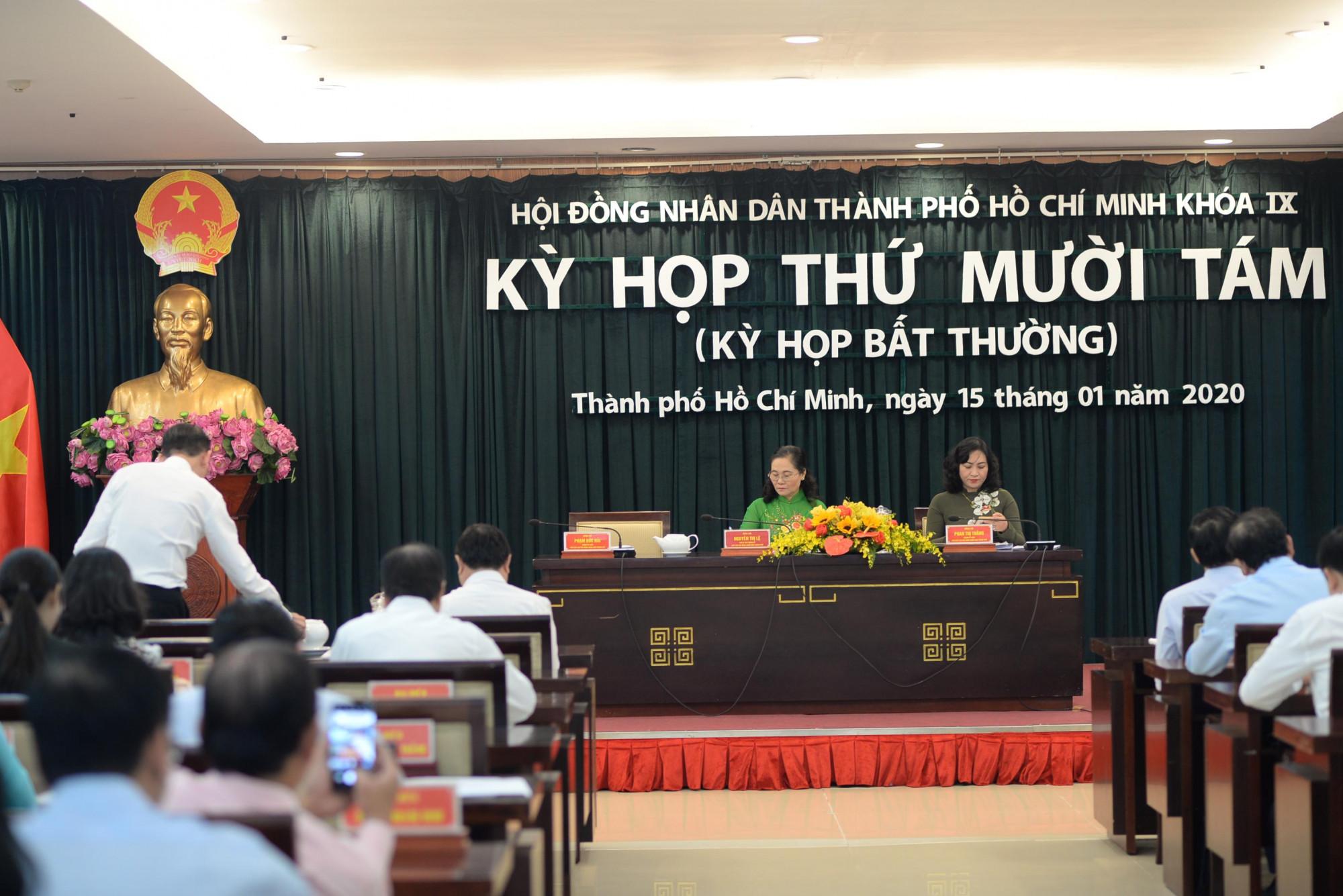 HĐND TPHCM tổ chức kỳ họp bất thường sáng 15/1 để cho ý kiến các tờ trình của UBND TPHCM