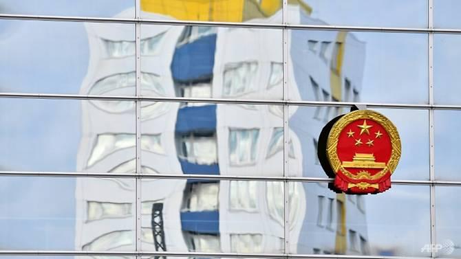 Trung Quốc là một đối tác thương mại quan trọng đối với Đức, nhưng những lo ngại ngày càng mạnh mẽ trong những năm gần đây về sự gia tăng đột biến của các khoản đầu tư của Trung Quốc vào các công ty Đức.