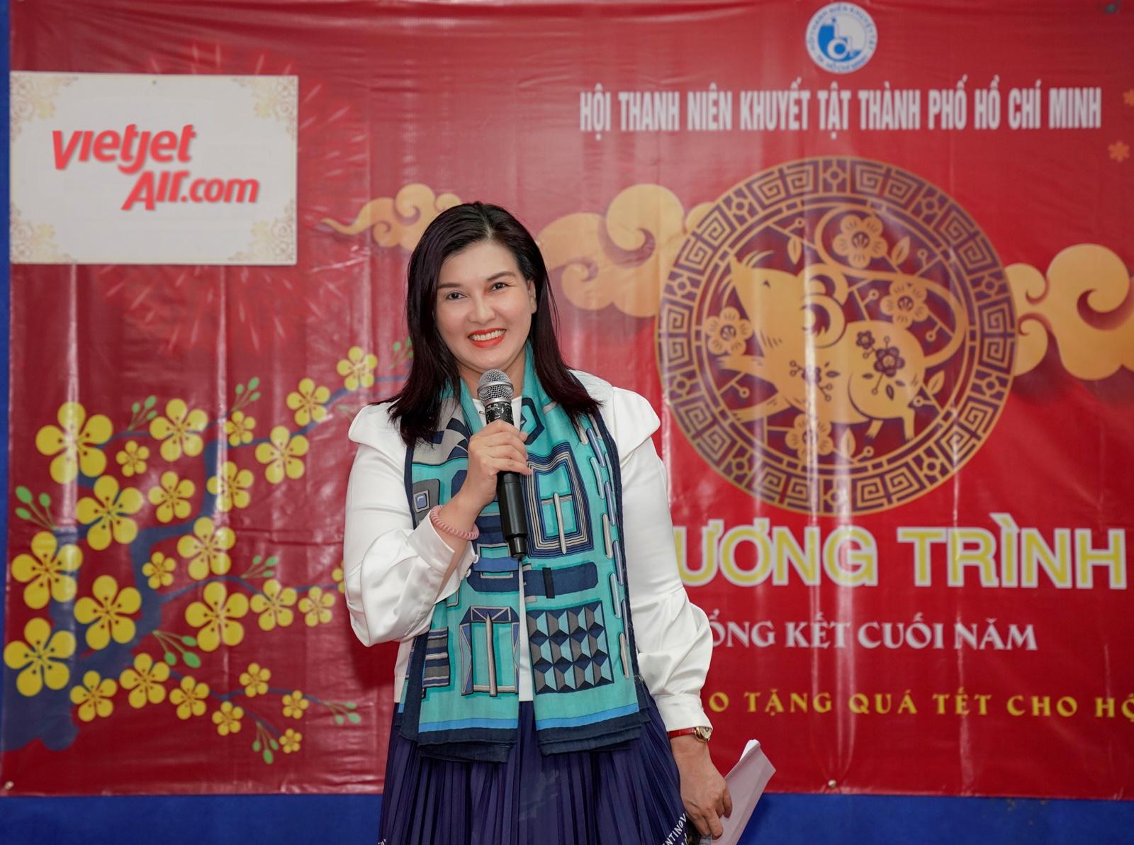 Phó tổng giám đốc Vietjet Hồ Ngọc Yến Phương chia sẻ quá trình đồng hành cùng Hội Thanh niên khuyết tật TP.HCM