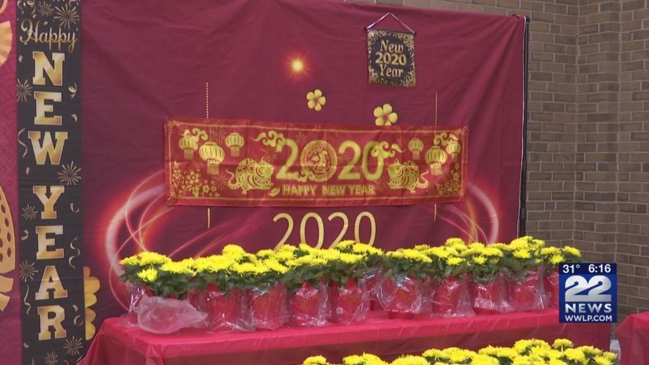 Sân khấu tại lễ đón Tết của người gốc Việt. Ảnh: 22News