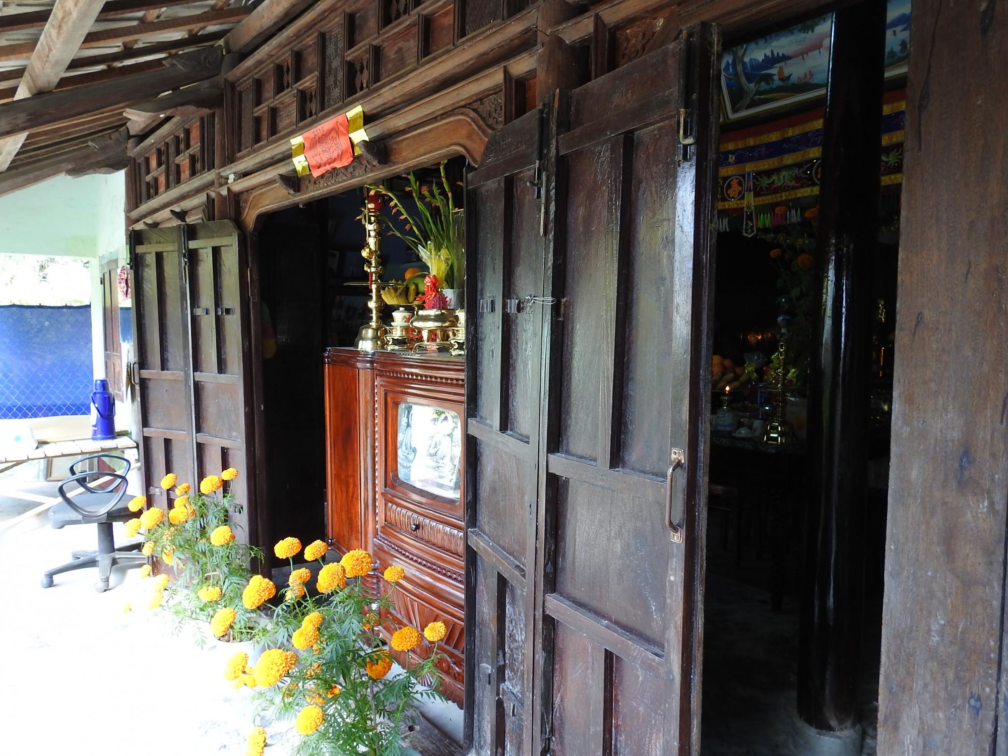 Một gian nhà xưa