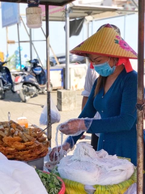 Món ăn dân dã đi qua miền ký ức của nhiều người con xa xứ
