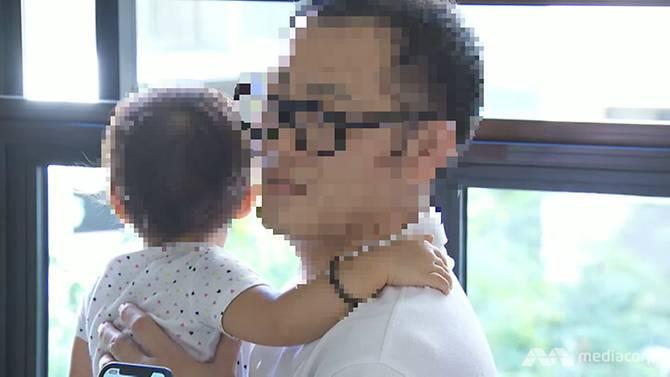 Người cha cho biết anh chưa từng thấy vết bỏng nào nghiêm trọng như của con gái mình.