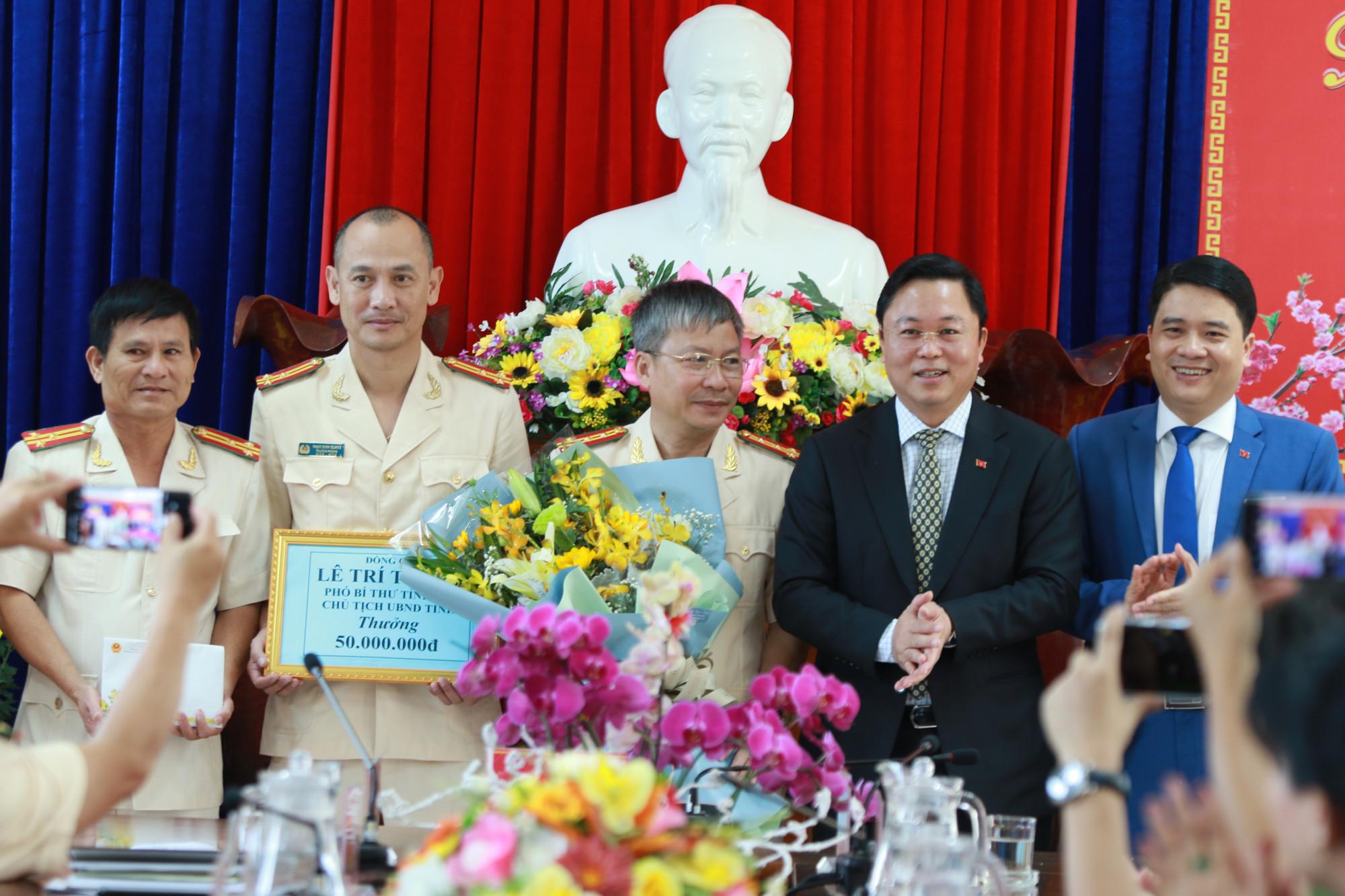 Lãnh đạo tỉnh Quảng Nam thưởng nóng 50 triệu đồng cho ban chuyên án