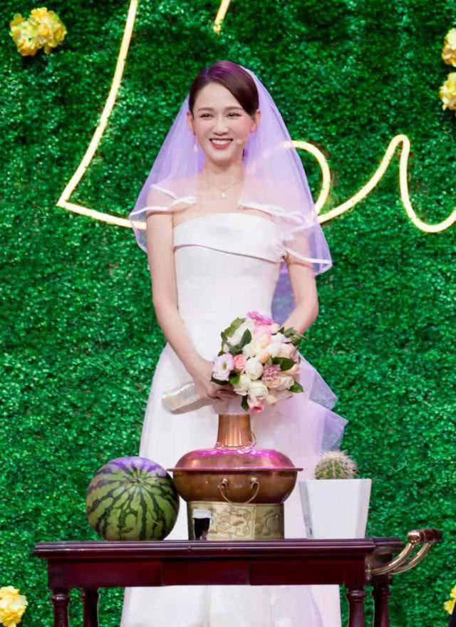 Trần Kiều Ân cho biết cô vẫn mong có cơ hội tái ngộ với Minh Đạo trong một bộ phim nào đó. Với Hoàng tử ếch, tác phẩm này đã đưa danh tiếng của cả hai trở thành những ngôi sao hàng đầu tại Đài Loan.