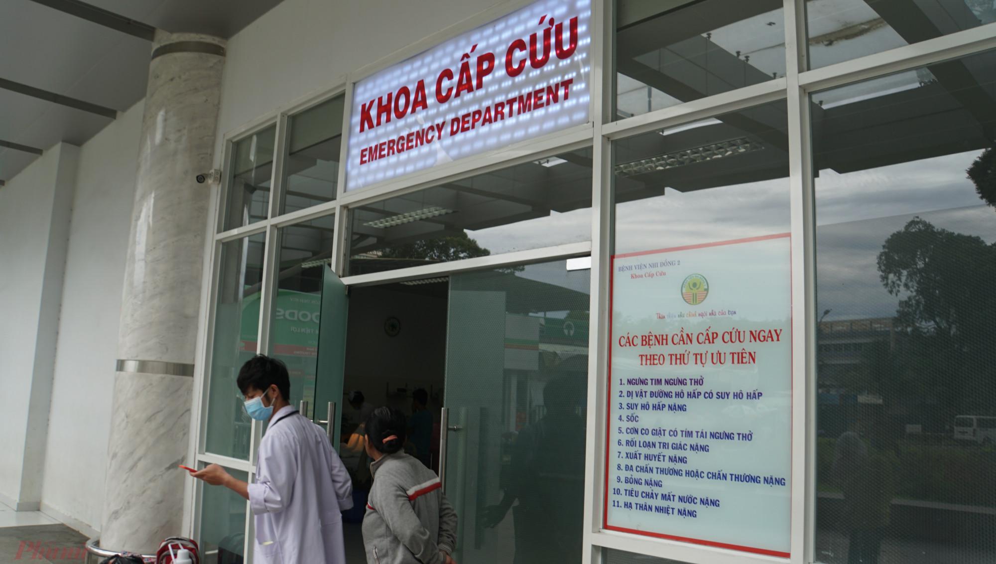 Các trường hợp nghi ngờ bệnh được đưa đến bệnh viện đều chuyển thẳng vào phòng cách ly nên người dân không nên quá lo lắng