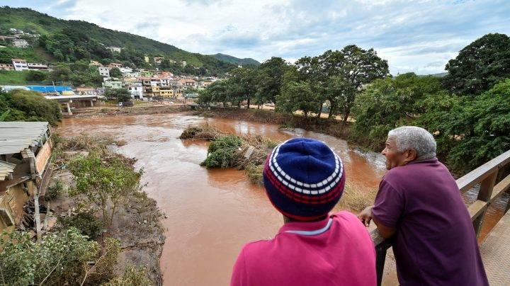 Tình hình mưa lũ ở đông nam Brazil khiến hơn 30.000 người phải di tản.