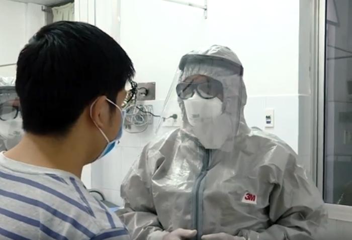 Điều trị cho một bệnh nhân nhiễm virus corona tại BV Chợ  Rẫy
