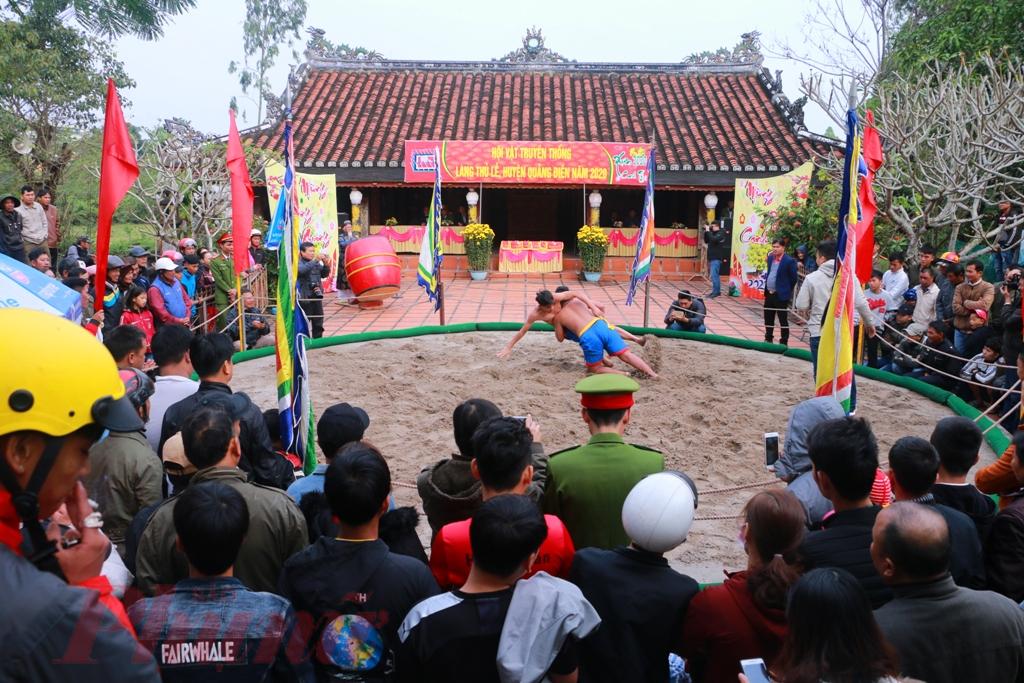 Đây là hoạt động văn hóa, thể thao thường niên không thể thiếu trong mỗi độ Xuân về của người dân làng Thủ Lễ nói riêng và huyện Quảng Điền nói chung