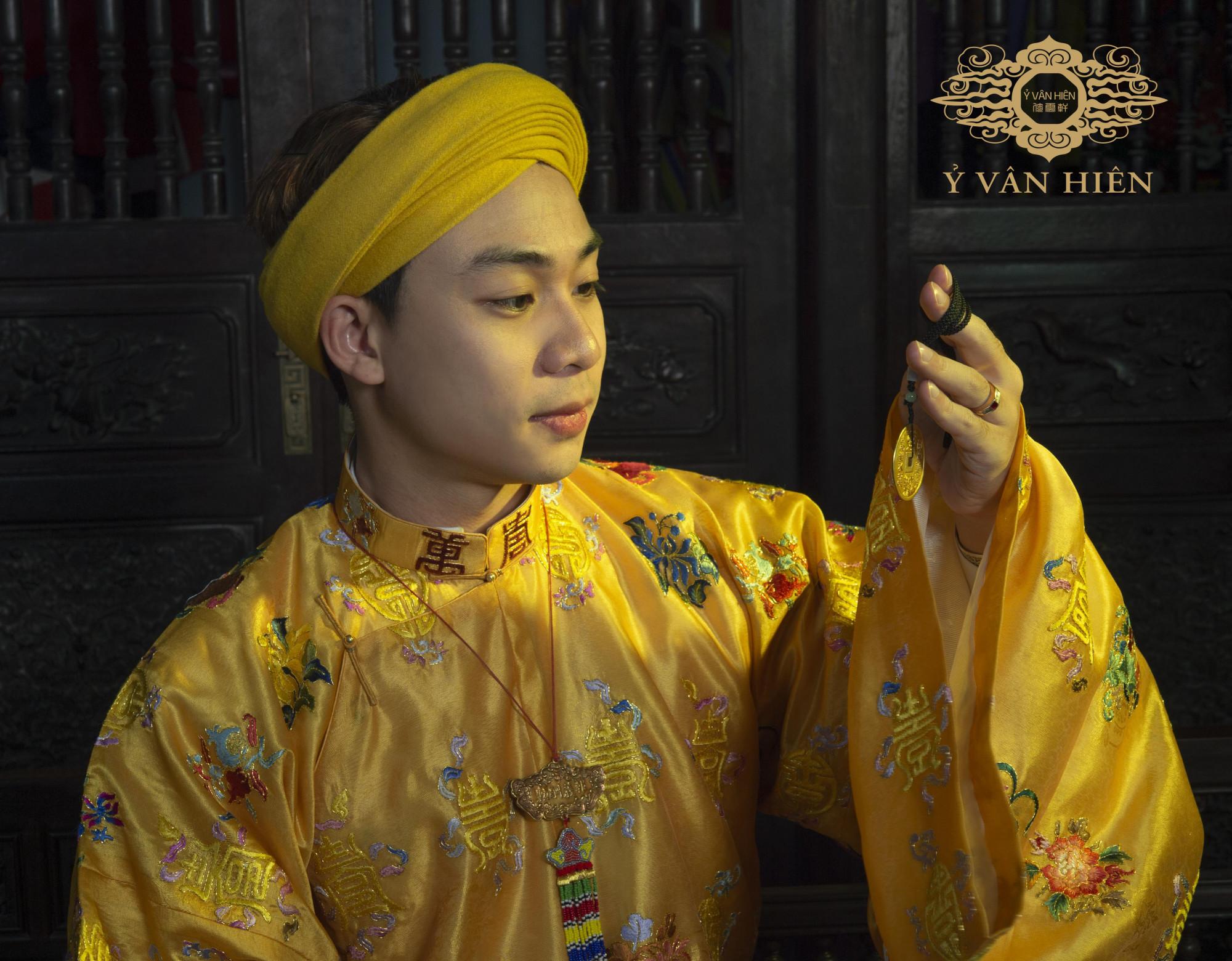 Nguyễn Đức Lộc mang tình yêu văn hoá, lịch sử Việt từ nhỏ