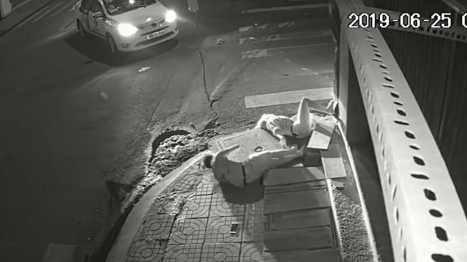 Một trong hai nạn nhân trong vụ tai nạn xảy ra ở quận Tân Phú (TPHCM) vào tháng 6/2019 tử vong vì không được đưa cấp cứu kịp thời.