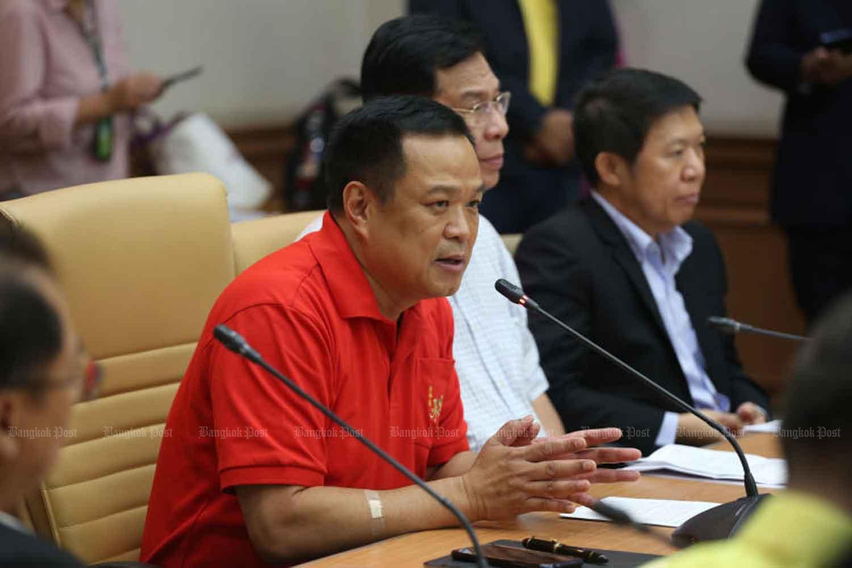 Phó Thủ tướng kiêm Bộ trưởng Y tế Công cộng Thái Lan Anutin Charnvirakul. Ảnh: Bangkok Post