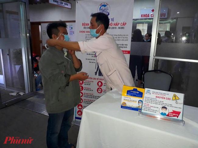 Tỉnh Thừa Thiên Huế đã chuẩn bị bị 2 triệu khẩu trang y tế cung ứng cho người dân phòng chống dịch do virus Corona