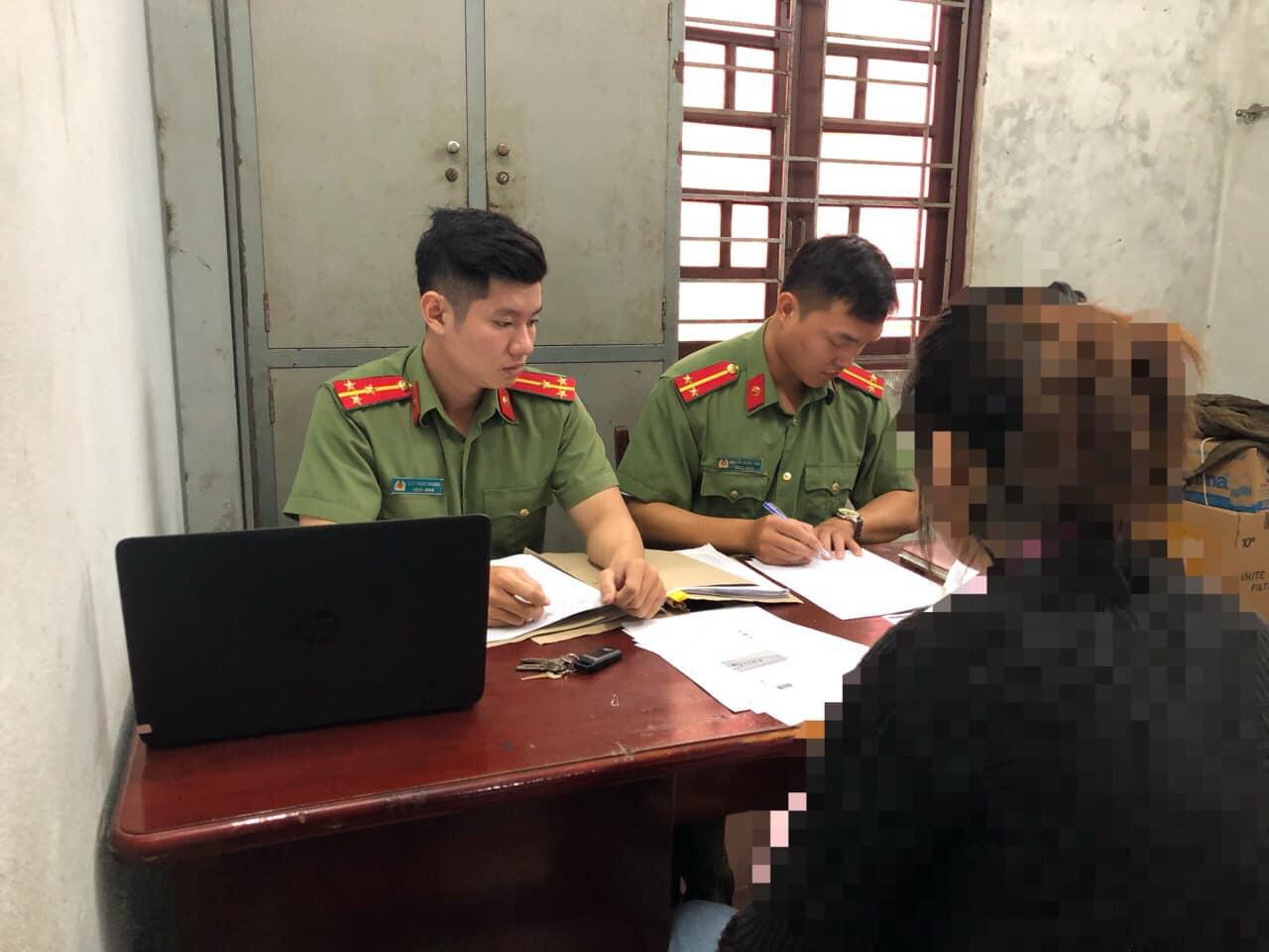 An ninh Đà Nẵng làm việc với một chủ tài khoản Facebook