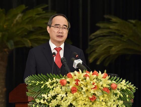 Bí thư Thành ủy TPHCM Nguyễn Thiện Nhân phát biểu tại Lễ kỷ niệm 90 năm Ngày Thành lập Đảng Cộng sản Việt Nam. Ảnh: SGGP