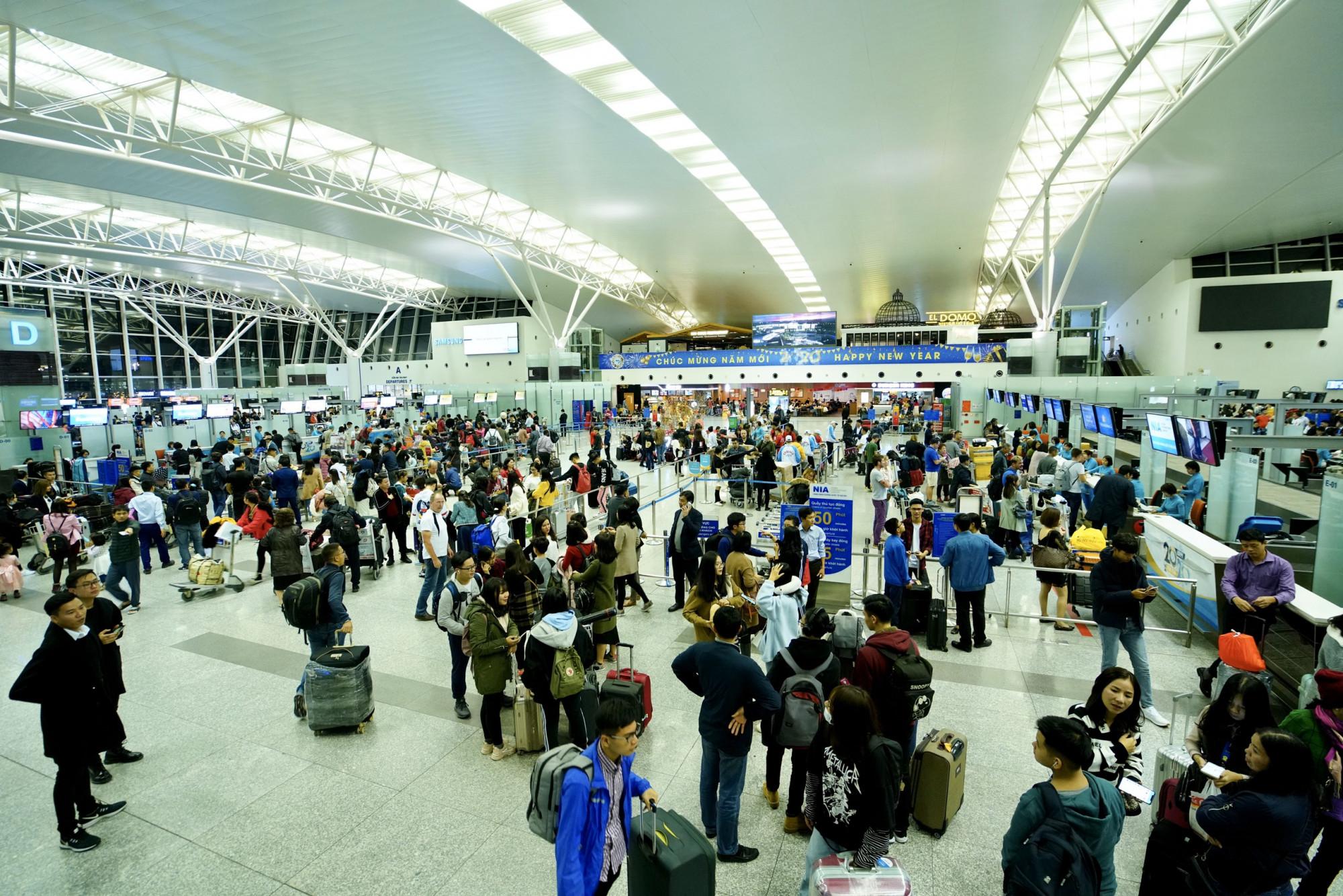 Việc dừng cấp phép bay là một trong những biện pháp để phòng chống dịch bệnh.