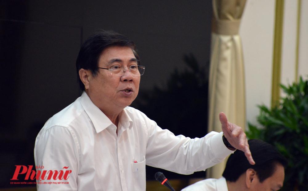 Chủ tịch UBND TP.HCM Nguyễn Thành Phong tại cuộc họp Ban chỉ đạo phòng chống dịch chiều 1/2/2020