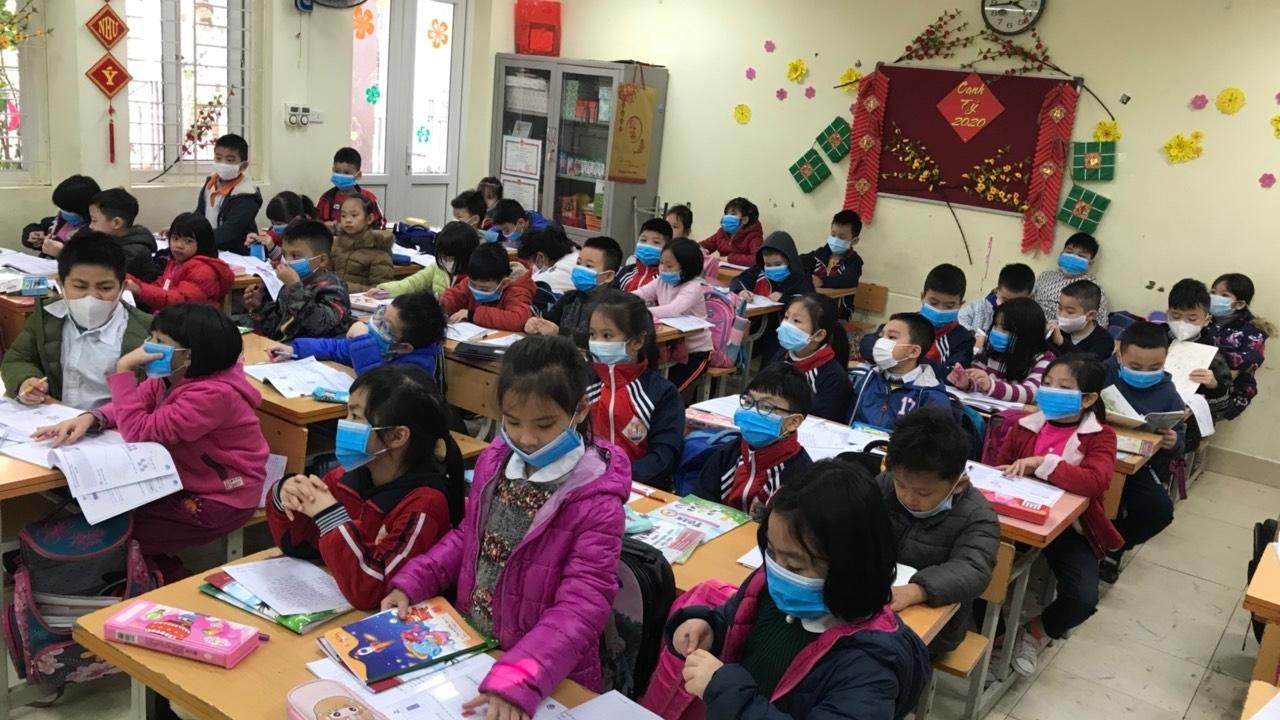 Một lớp học thời corona tại Hà Nội. Ảnh minh hoạ