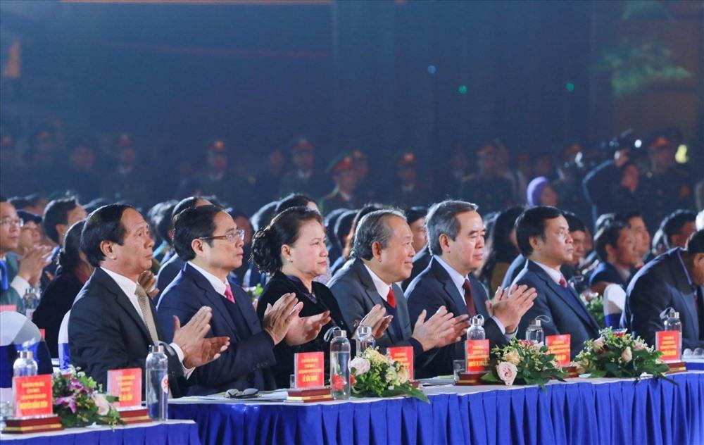 Chủ tịch Quốc hội Nguyễn Thị Kim Ngân và các đại biểu dự Chương trình - Ánh Mai Dung/Lao động