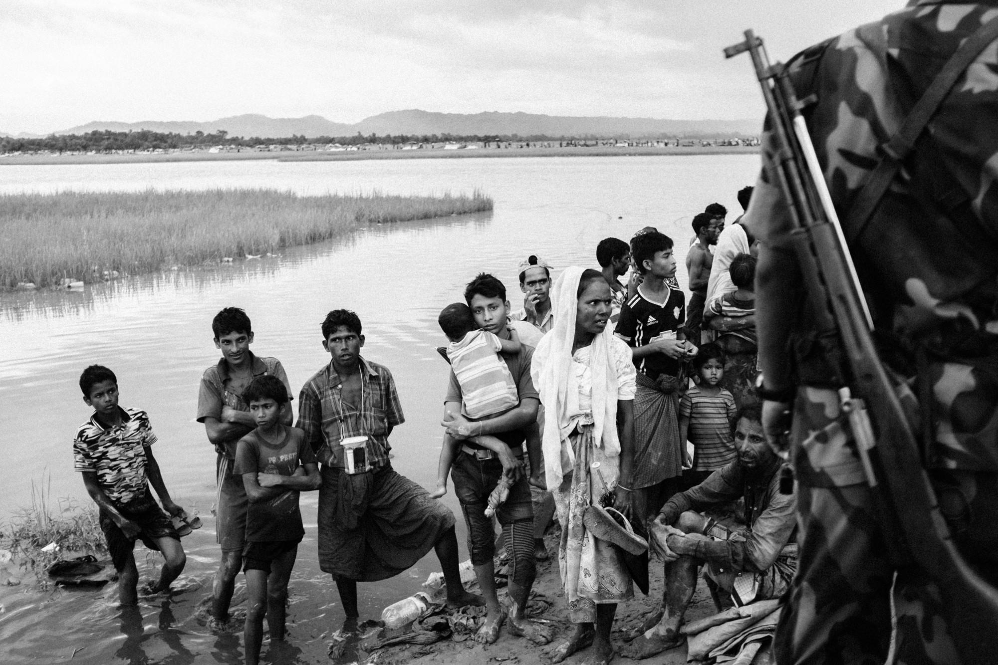 Người tị nạn ở biên giới Bangladesh
