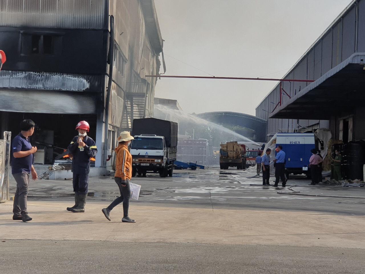 Một phần của công ty đã bị ngọn lửa thiêu ruị