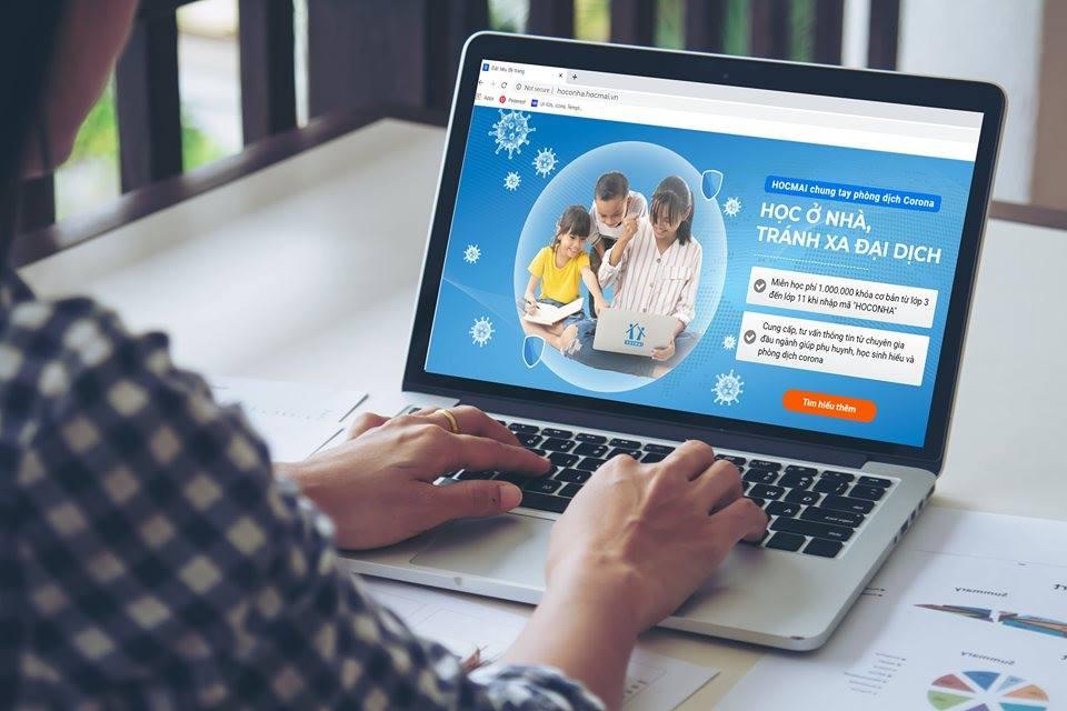 Nhiều trường triển khai cho học sinh học trực tuyến