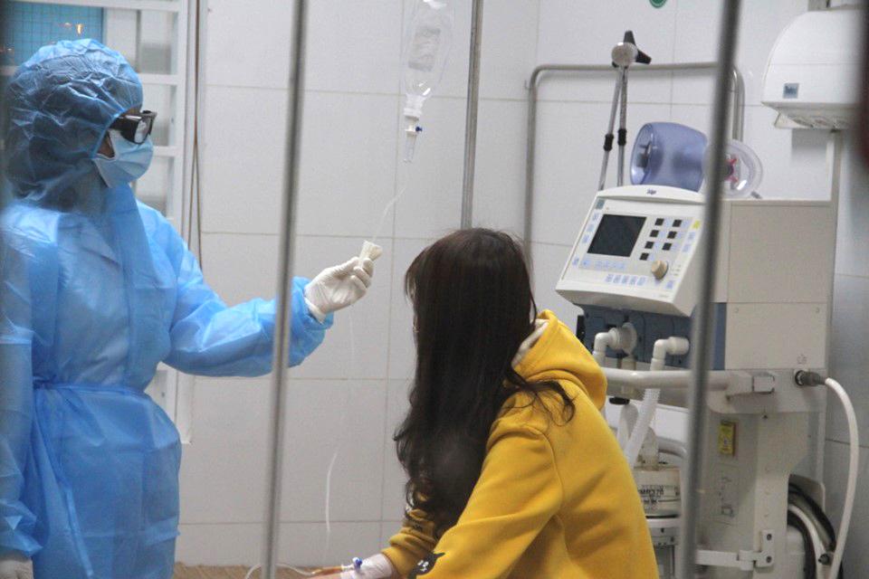 Sau 10 ngày cách ly điều trị, T. đã âm tính với virus corona và được xuất viện về nhà