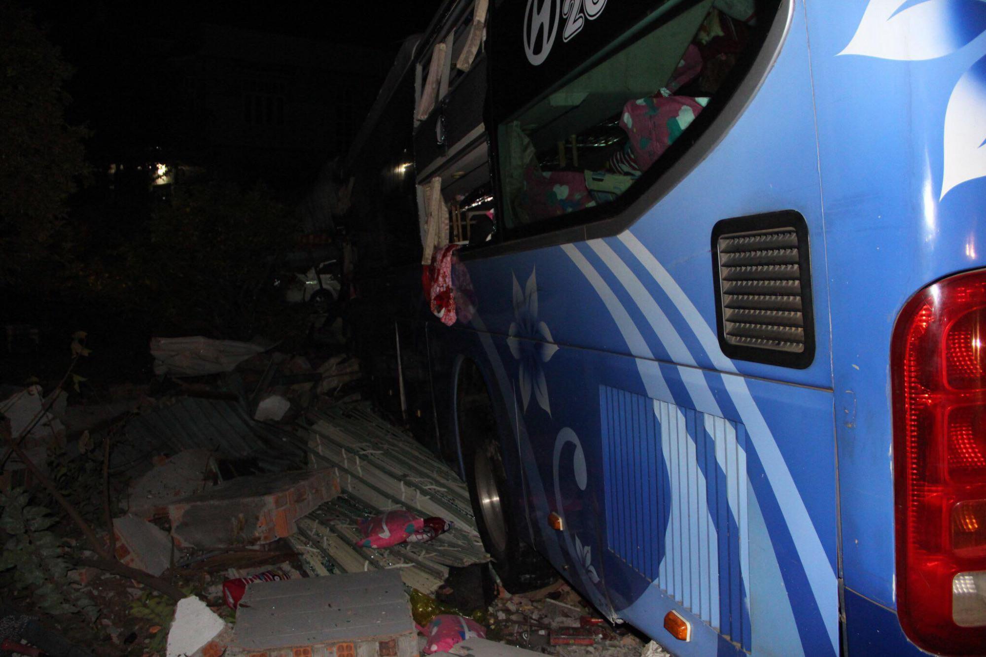 Hậu quả của vụ tai nạn khiến 1 người chết, 5 người bị thương