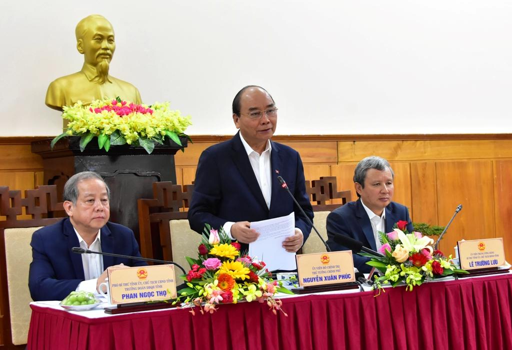 Tại buổi làm việcThủ tướng mong muốn tỉnh Thừa Thiên Huế phải phát triển toàn diện, mạnh mẽ hơn