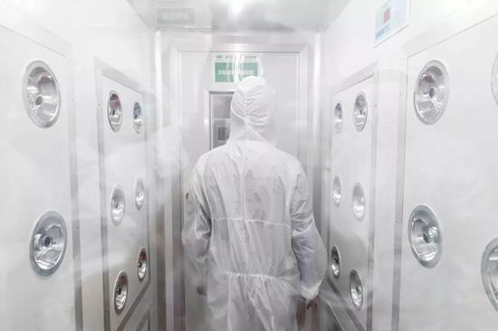 Các công ty đáp ứng yêu cầu nghiêm ngặt về môi trường trong sản xuất.