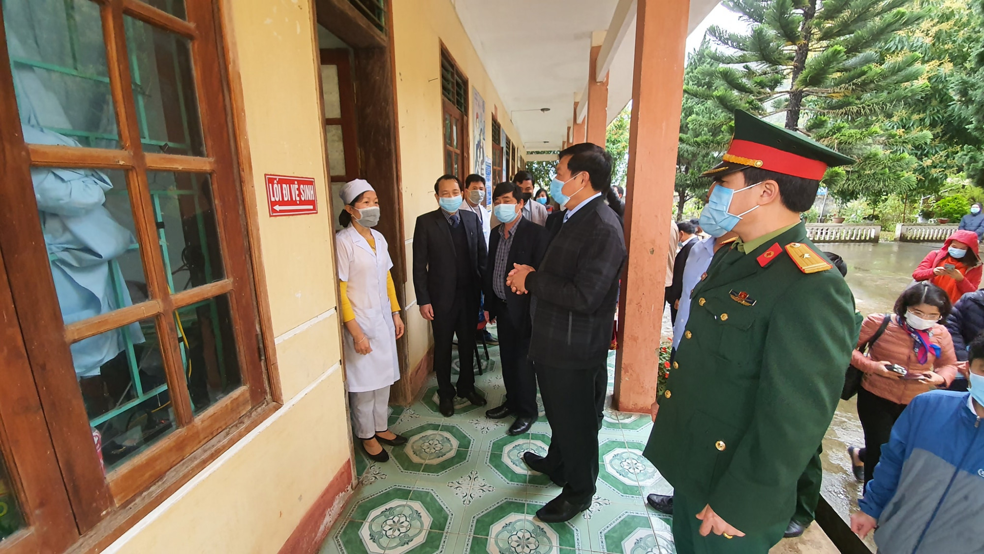 Giám sát tại các bệnh viện: 13 + Số bệnh nhân người Trung Quốc điều trị tại các bệnh viện: 0 + Số trường hợp nghi ngờ nhiễm nCoV được báo cáo: 13