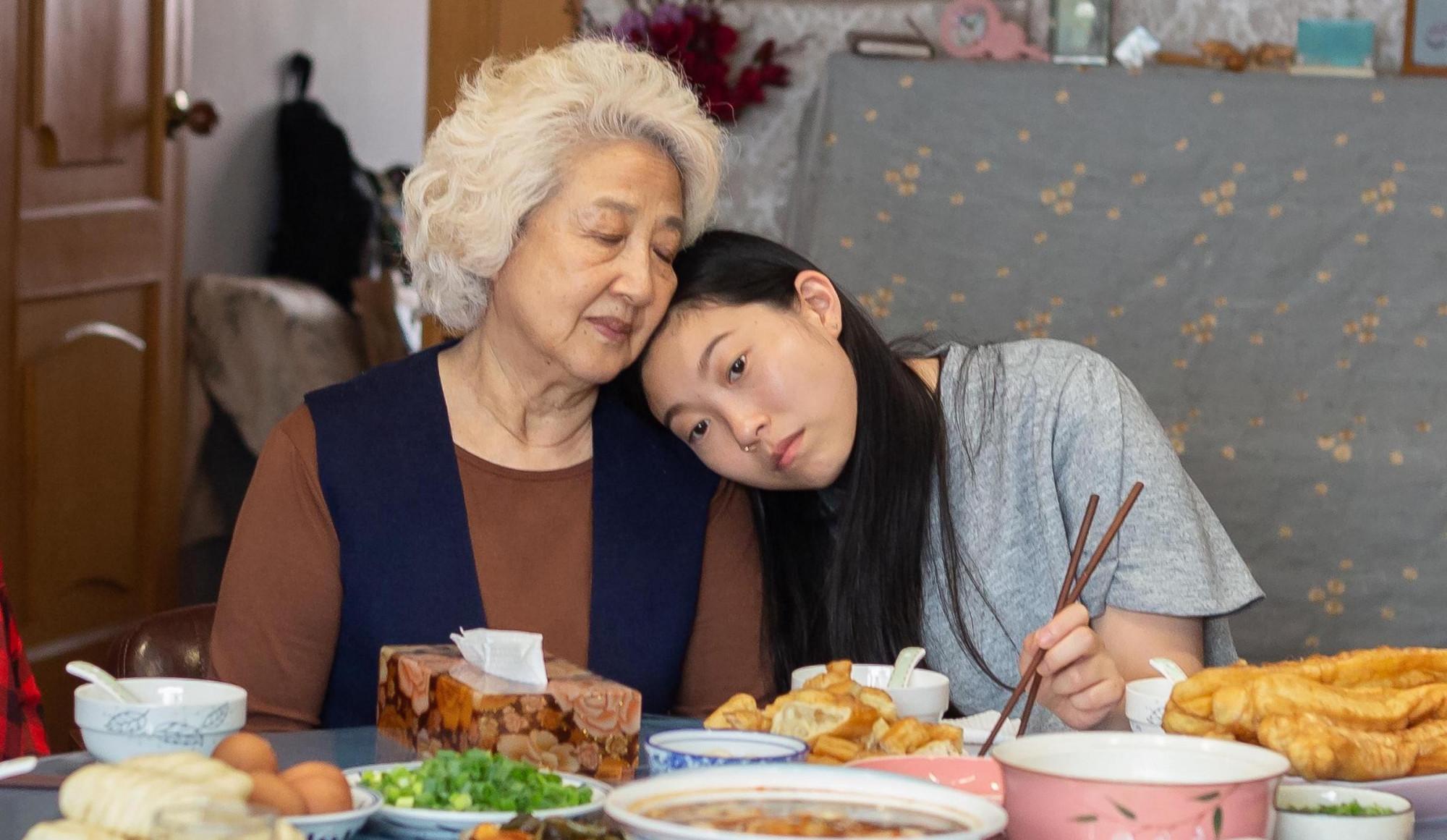 Nữ diễn viên Zhao Shuzhen - vai bà, nhận được giải Nữ phụ xuất sắc tại giải Tinh thần Độc lập.
