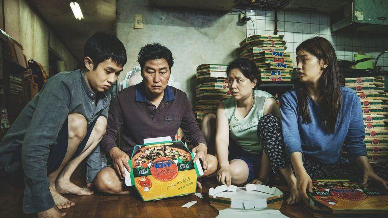 Ký sinh trùng trở thành niềm tự hào của điện ảnh Hàn Quốc nói riêng, châu Á nói chung với những lần đầu tiên thú vị.